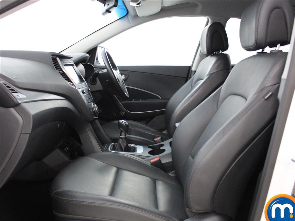 Hyundai Santa Fe Premium Manual Diesel 4X4 - Stock Number (1007121) - 1st supplementary image