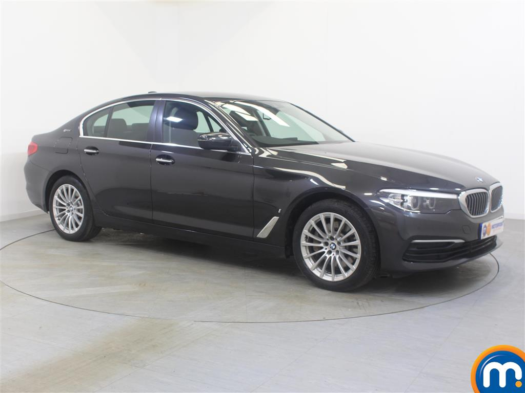 BMW 5 Series SE Automatic Petrol-Plugin Elec Hybrid Saloon - Stock Number (1002269) - Drivers side front corner