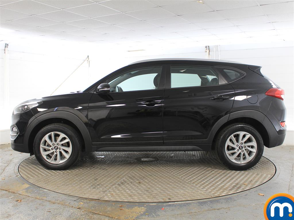 Hyundai Tucson SE Manual Petrol Crossover - Stock Number (1004175) - Passenger side