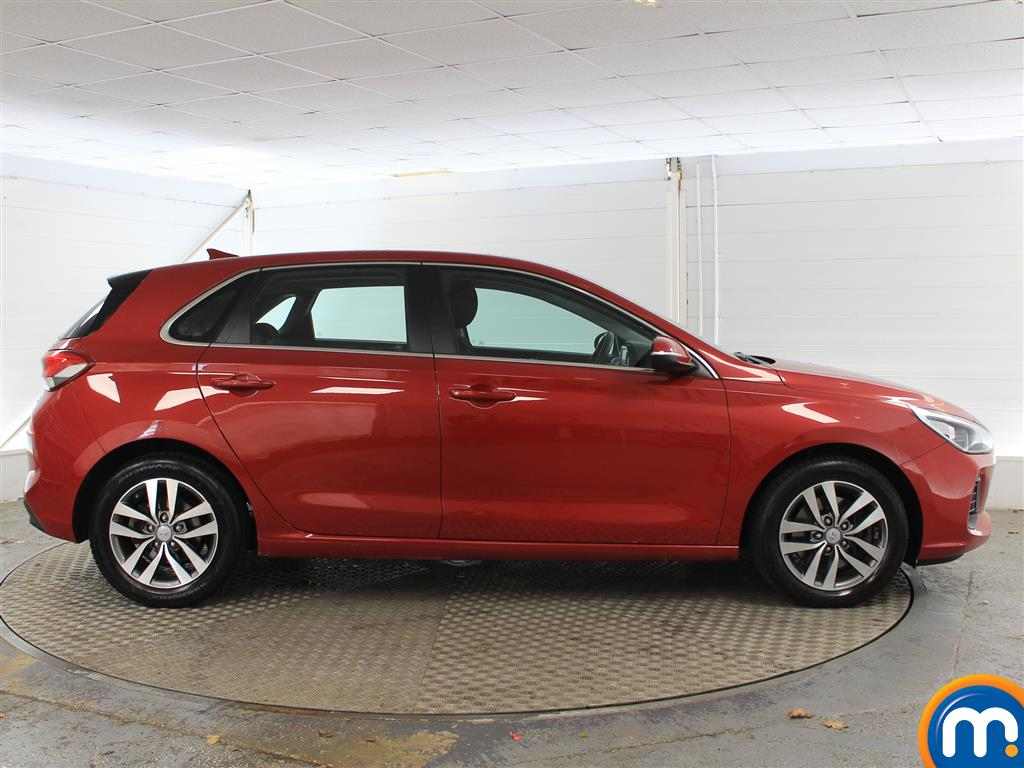 Hyundai I30 Se Nav Manual Petrol Hatchback - Stock Number (1005950) - Drivers side