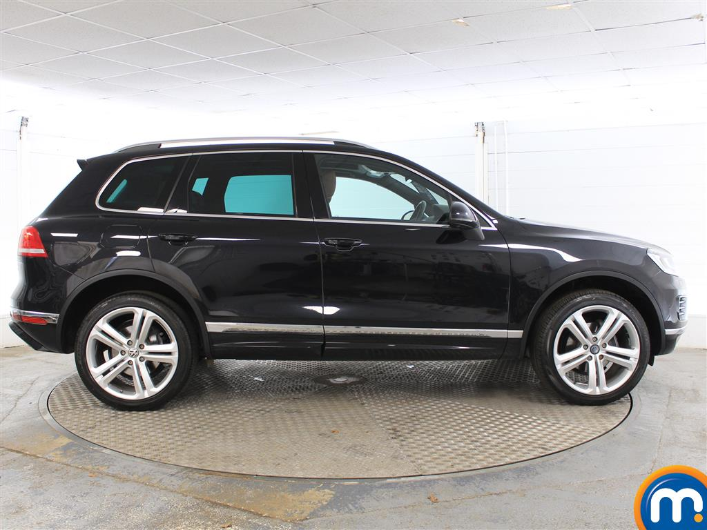 Volkswagen Touareg R Line Plus Automatic Diesel 4X4 - Stock Number (1005252) - Drivers side