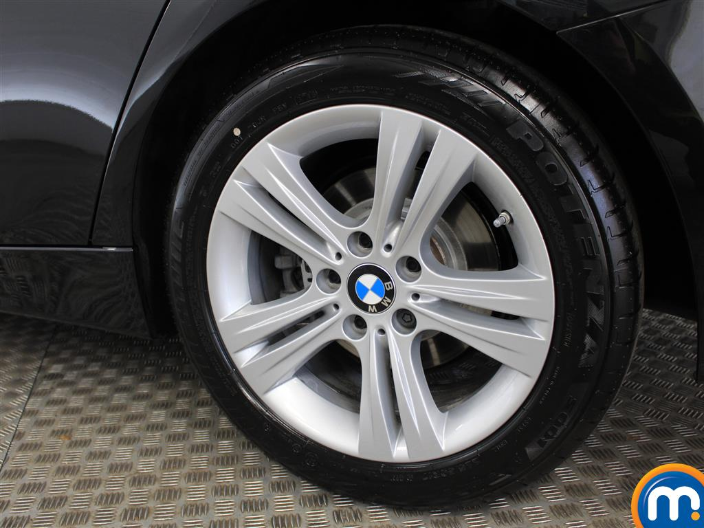 BMW 3 Series Sport Manual Petrol Saloon - Stock Number (1010442) - 5th supplementary image