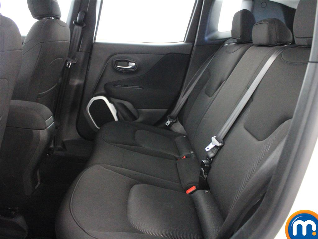 Jeep Renegade Longitude Manual Petrol Crossover - Stock Number (1009856) - 2nd supplementary image