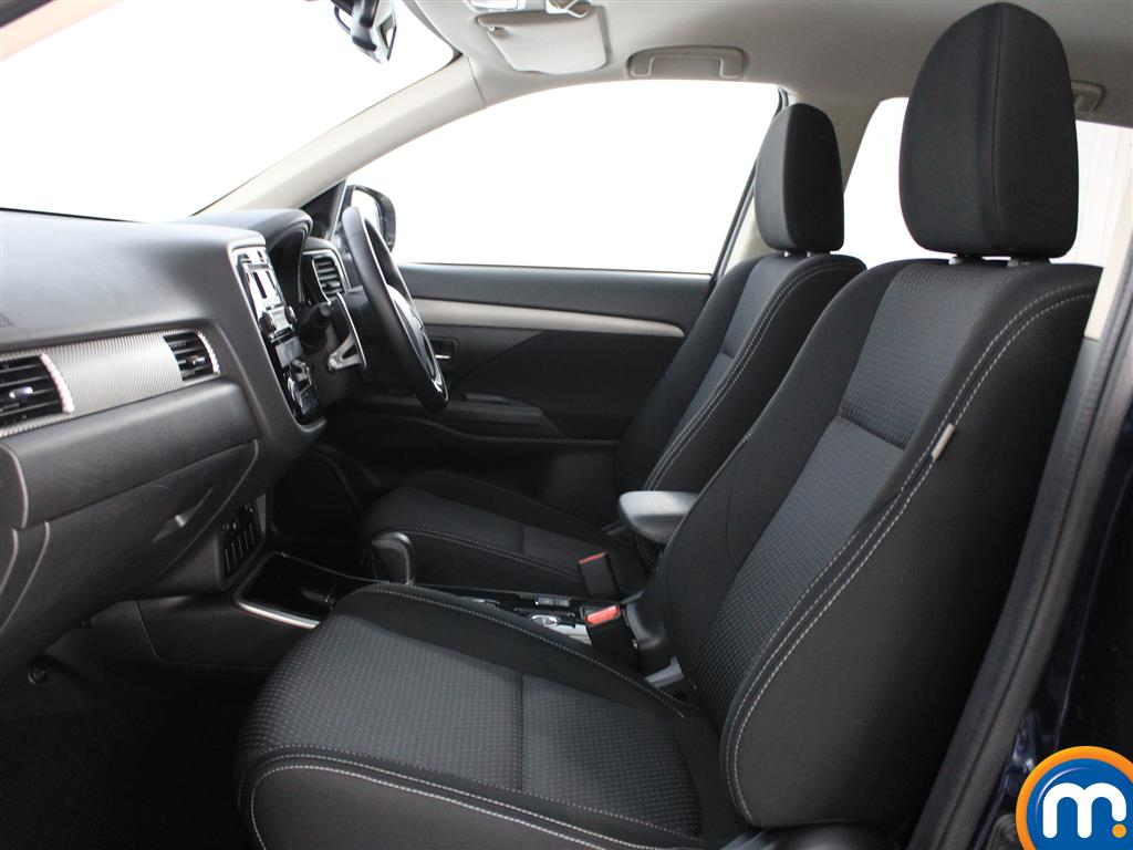 Mitsubishi Outlander 3 Automatic Diesel 4X4 - Stock Number (1005697) - 1st supplementary image
