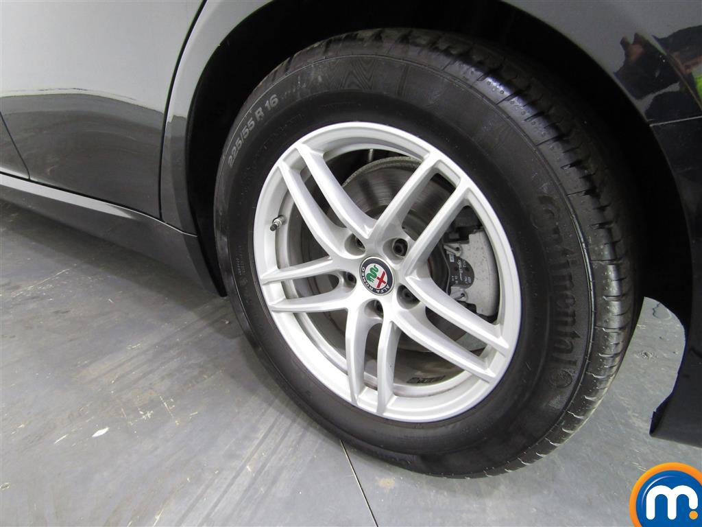 Alfa Romeo Giulia 2.0 Tb 4Dr Auto Automatic Petrol Saloon - Stock Number (1003430) - 5th supplementary image