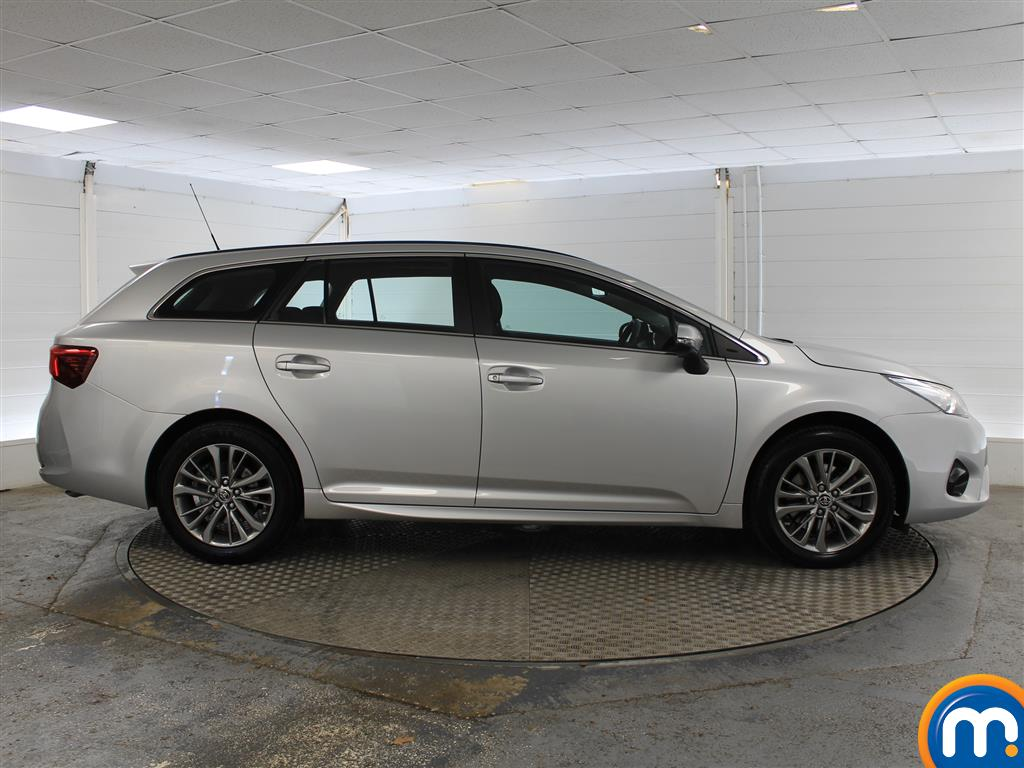 Toyota Avensis Business Edition Manual Diesel Estate - Stock Number (1009051) - Drivers side