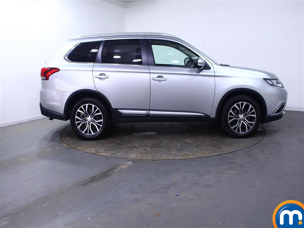Mitsubishi Outlander 3 Automatic Diesel 4X4 - Stock Number (1010654) - Drivers side