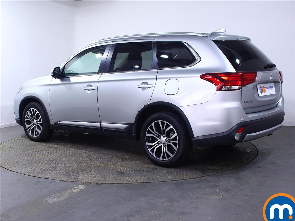 Mitsubishi Outlander 3 Automatic Diesel 4X4 - Stock Number (1010654) - Passenger side rear corner