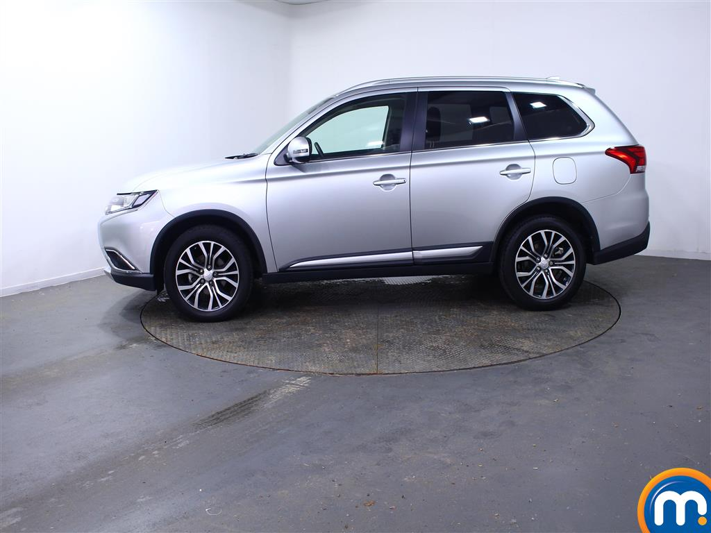 Mitsubishi Outlander 3 Automatic Diesel 4X4 - Stock Number (1010654) - Passenger side