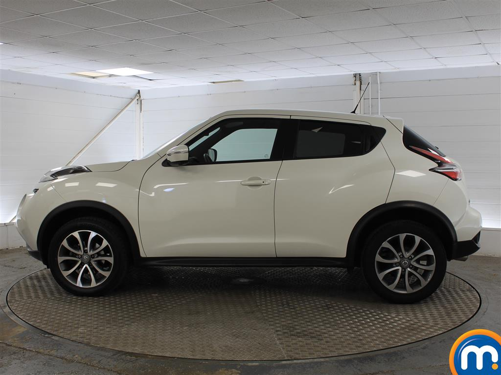 Nissan Juke Tekna Manual Diesel Hatchback - Stock Number (1011707) - Passenger side