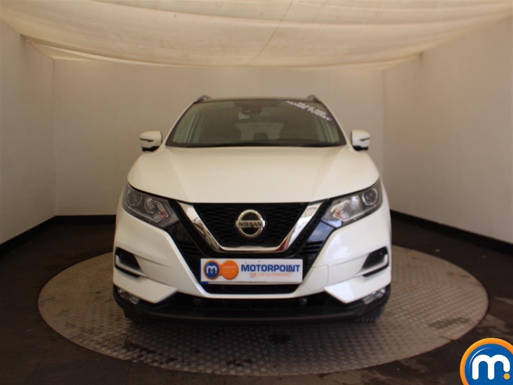 Nissan Qashqai N-Connecta Manual Petrol Hatchback - Stock Number (1009115) - Front bumper