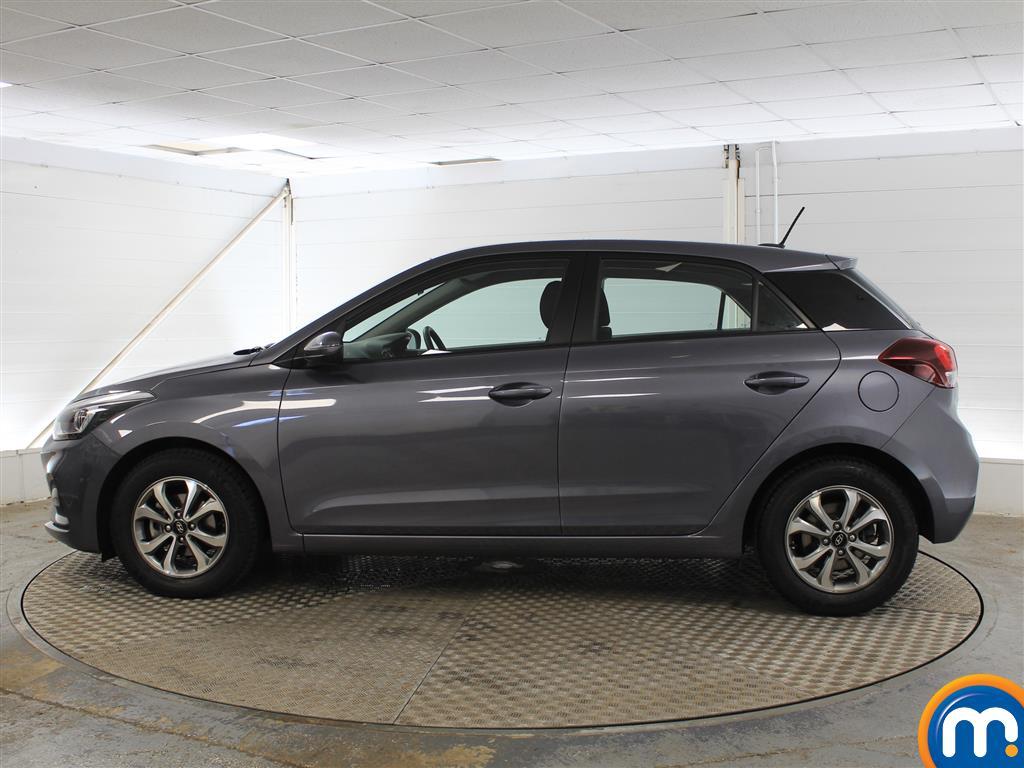 Hyundai I20 SE Manual Petrol Hatchback - Stock Number (1011672) - Passenger side