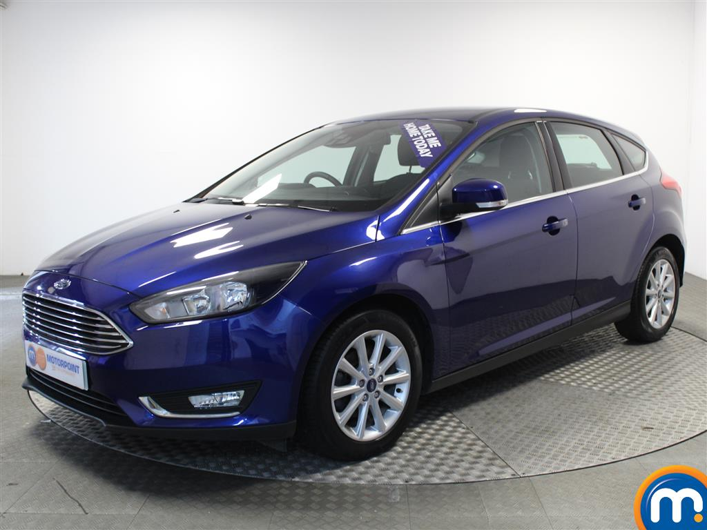 Ford Focus Titanium - Stock Number 1013274 Passenger side front corner