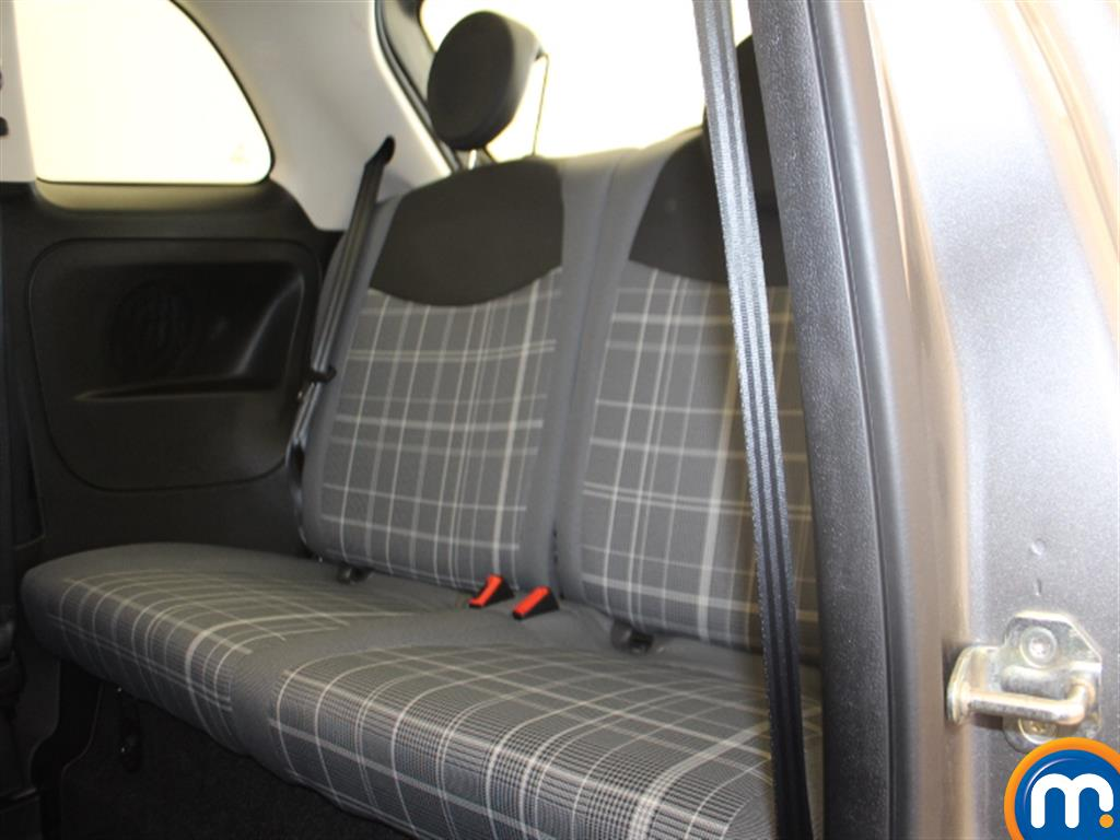 Fiat 500 Lounge Automatic Petrol Hatchback - Stock Number (1015152) - 2nd supplementary image