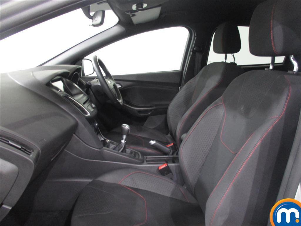 Ford Focus St-Line Manual Petrol Hatchback - Stock Number (1006166) - 2nd supplementary image