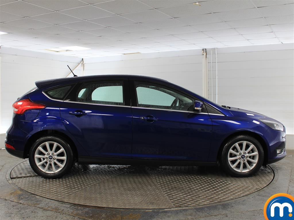 Ford Focus Titanium Manual Petrol Hatchback - Stock Number (1003744) - Drivers side