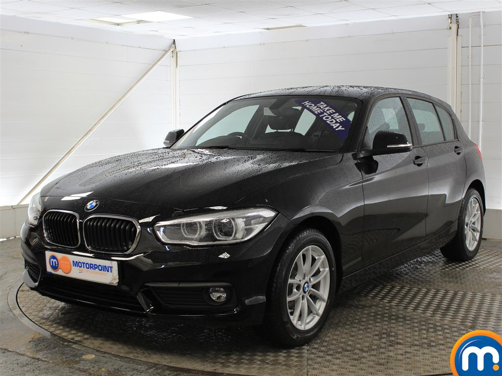 BMW 1 Series SE Business - Stock Number (1015548) - Passenger side front corner
