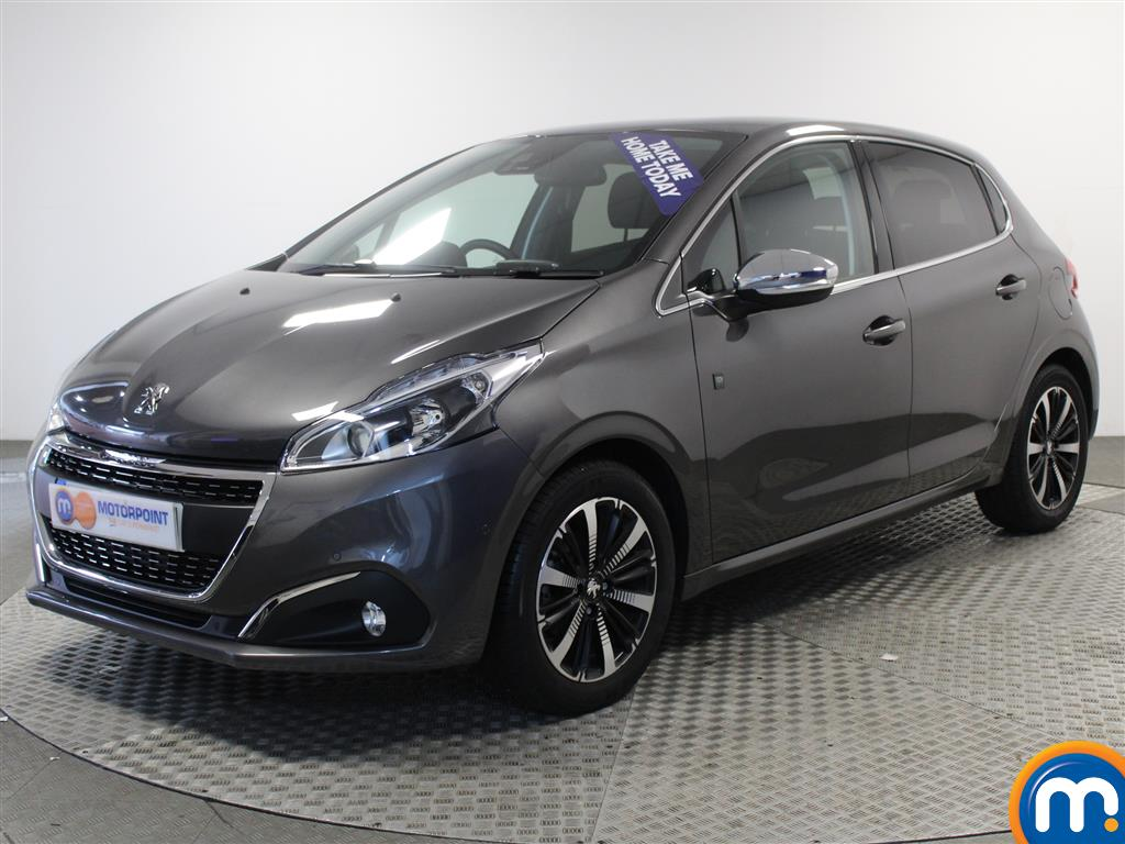 Peugeot 208 Tech Edition - Stock Number 1011887 Passenger side front corner