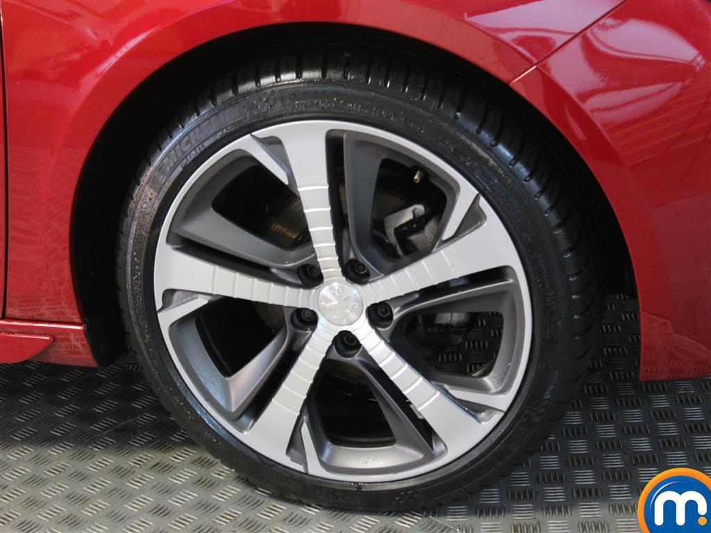 Peugeot 308 Gt Line Manual Petrol Hatchback - Stock Number (1015906) - Passenger side