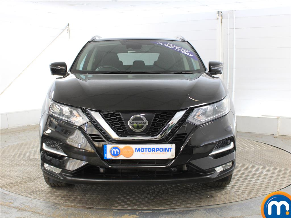 Nissan Qashqai N-Connecta Manual Petrol Hatchback - Stock Number (1015793) - Front bumper