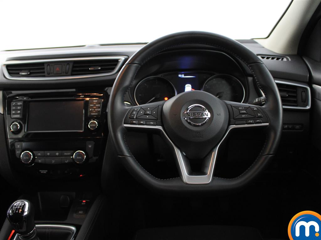 Nissan Qashqai N-Connecta Manual Diesel Hatchback - Stock Number (1015059) - 3rd supplementary image