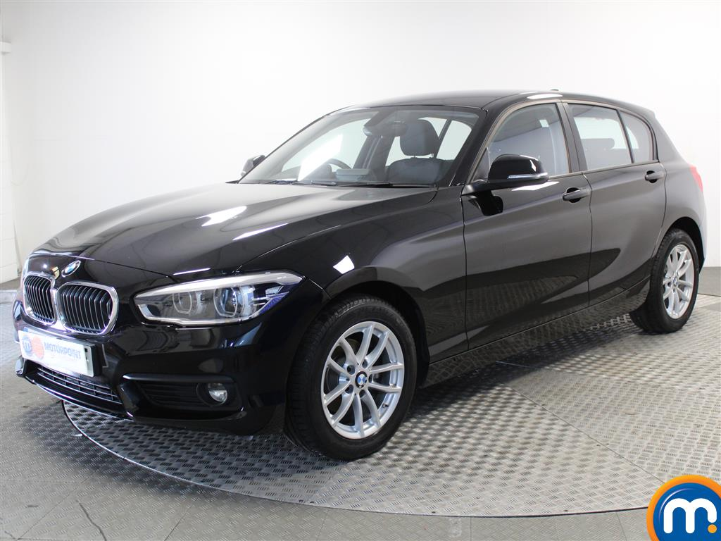 BMW 1 Series SE Business - Stock Number (1013456) - Passenger side front corner