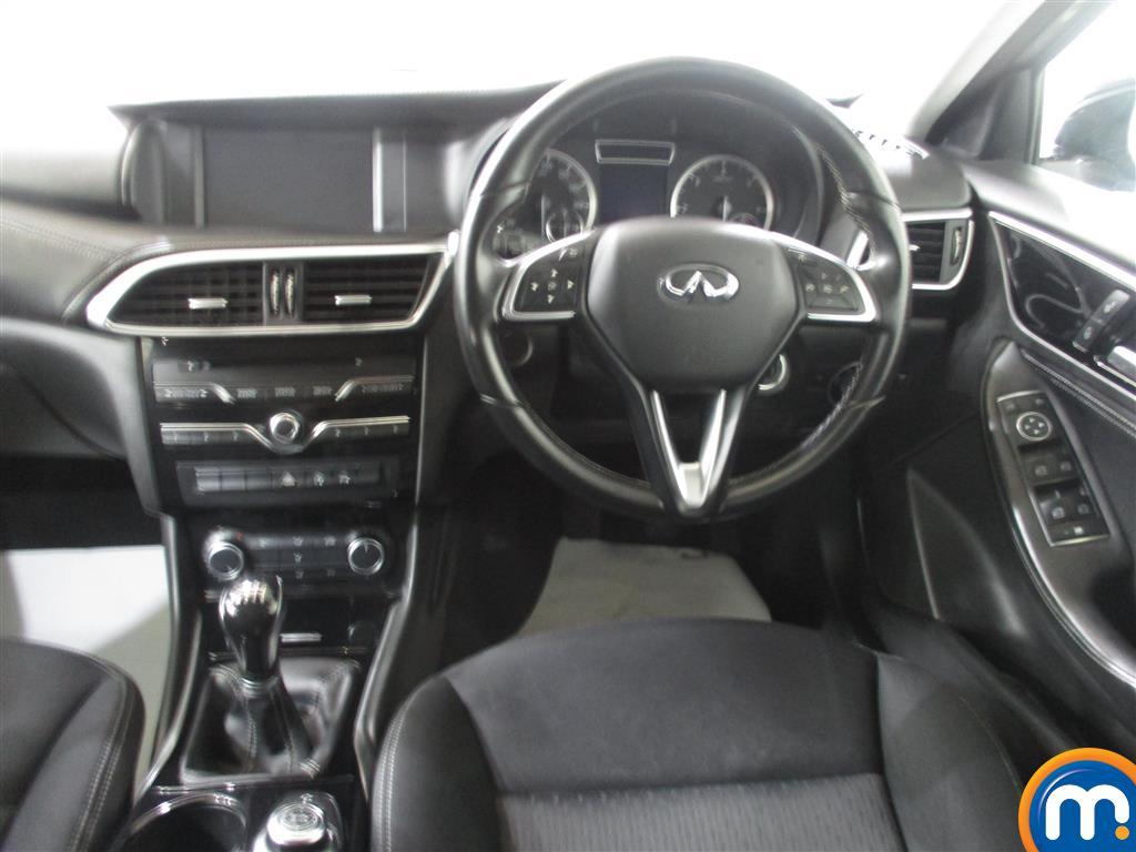 Infiniti Q30 SE Manual Diesel Hatchback - Stock Number (1011519) - 3rd supplementary image