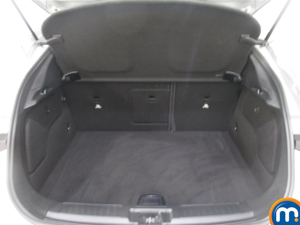 Infiniti Q30 SE Manual Diesel Hatchback - Stock Number (1011519) - 5th supplementary image