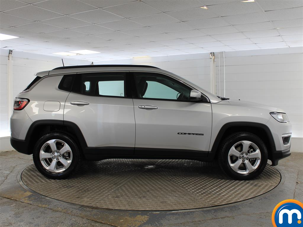 Jeep Compass Longitude Manual Petrol Crossover - Stock Number (1014973) - Drivers side