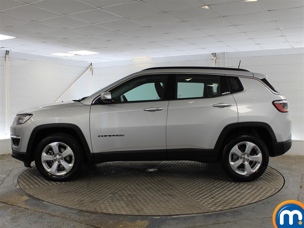 Jeep Compass Longitude Manual Petrol Crossover - Stock Number (1014973) - Passenger side