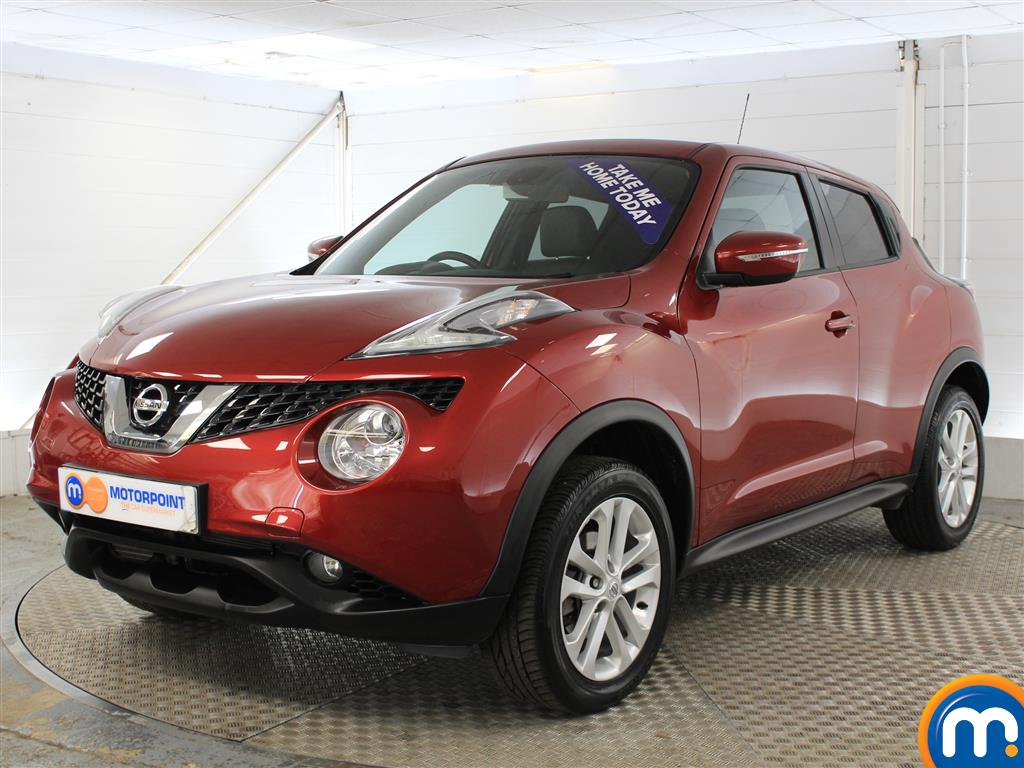 Nissan Juke N-Connecta Automatic Petrol Hatchback - Stock Number (1019914) - Passenger side front corner