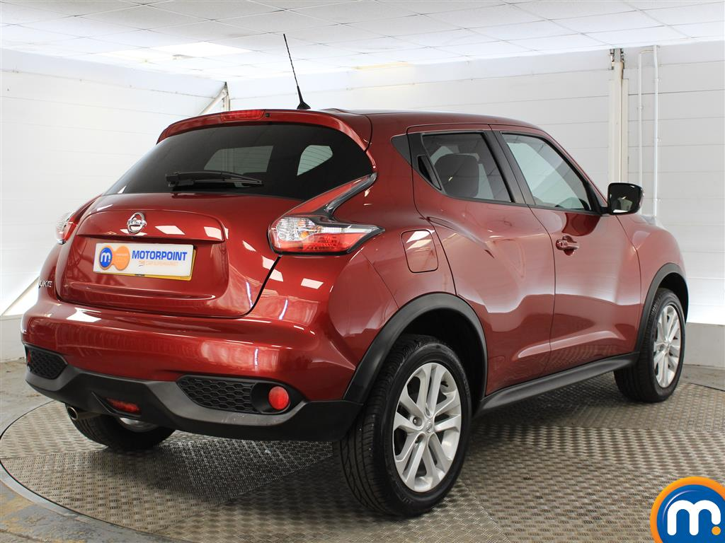 Nissan Juke N-Connecta Automatic Petrol Hatchback - Stock Number (1019914) - Drivers side rear corner