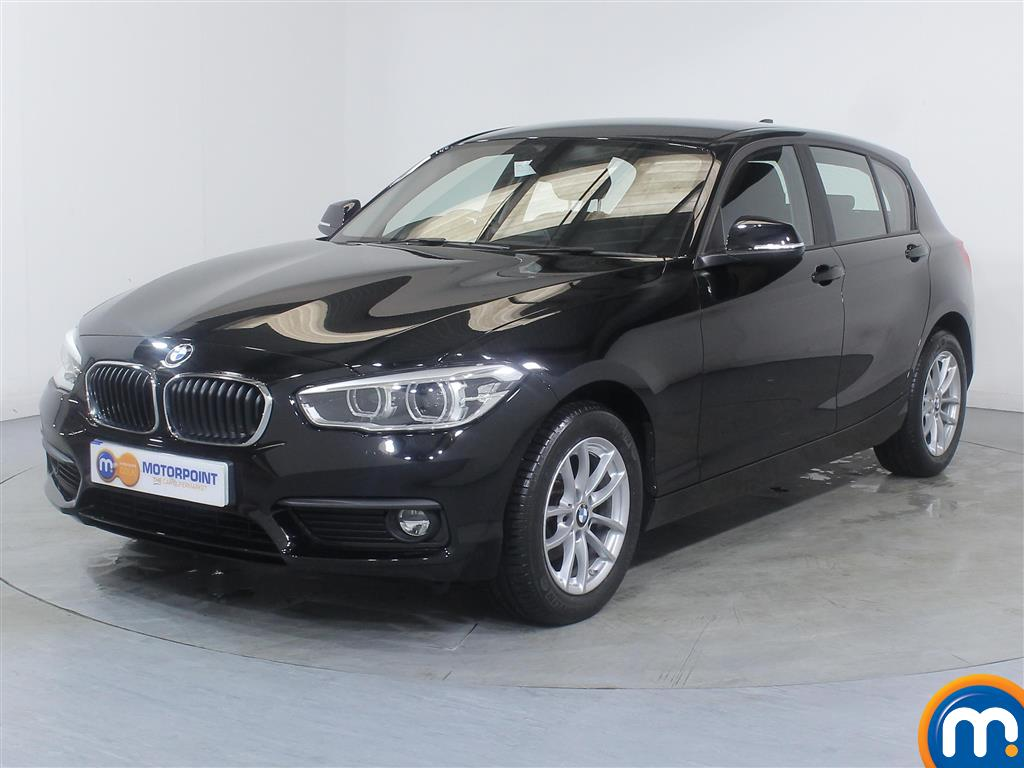BMW 1 Series Se Business Manual Diesel Hatchback - Stock Number (1010821) - Passenger side front corner
