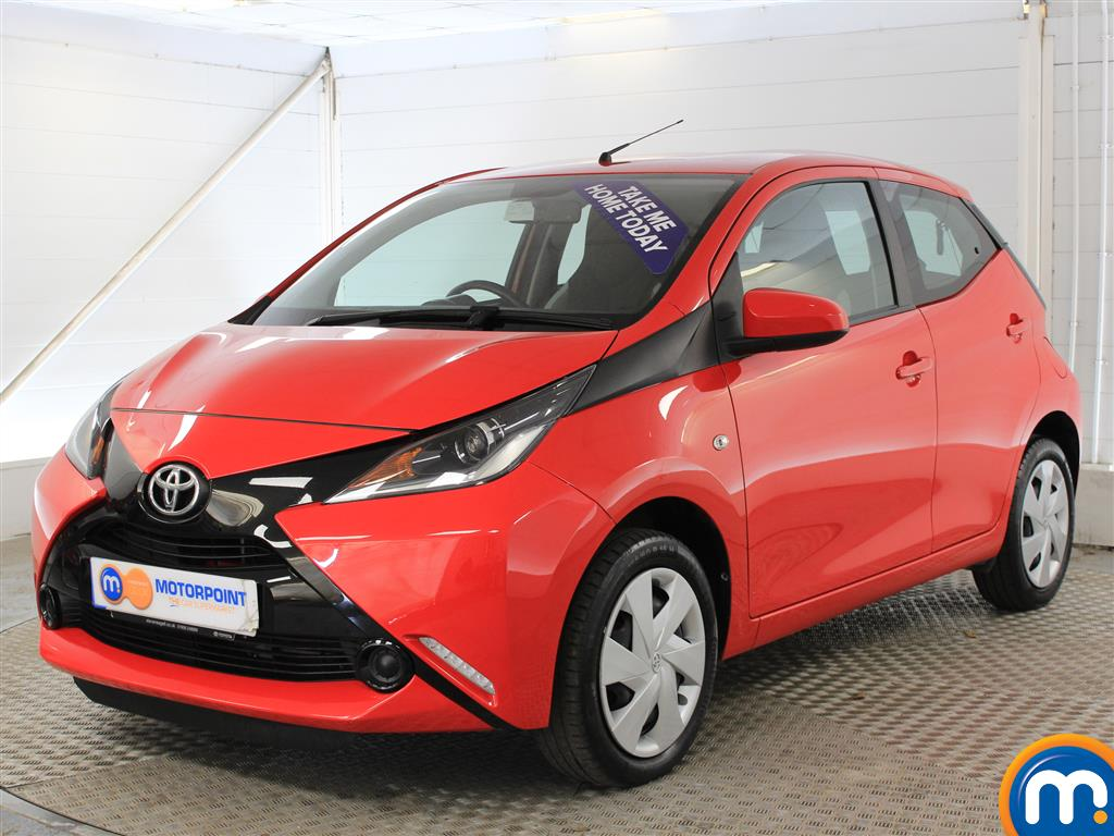 Toyota Aygo X-Play - Stock Number (1018896) - Passenger side front corner