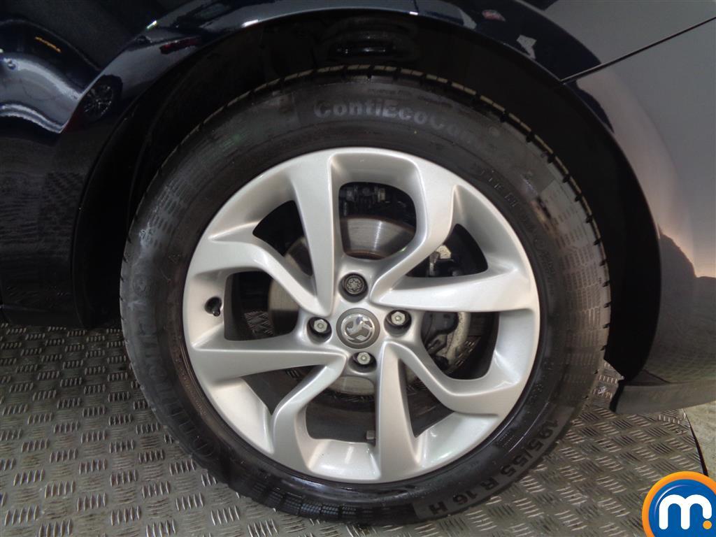Vauxhall Corsa SRI Manual Petrol Hatchback - Stock Number (1016651) - 1st supplementary image