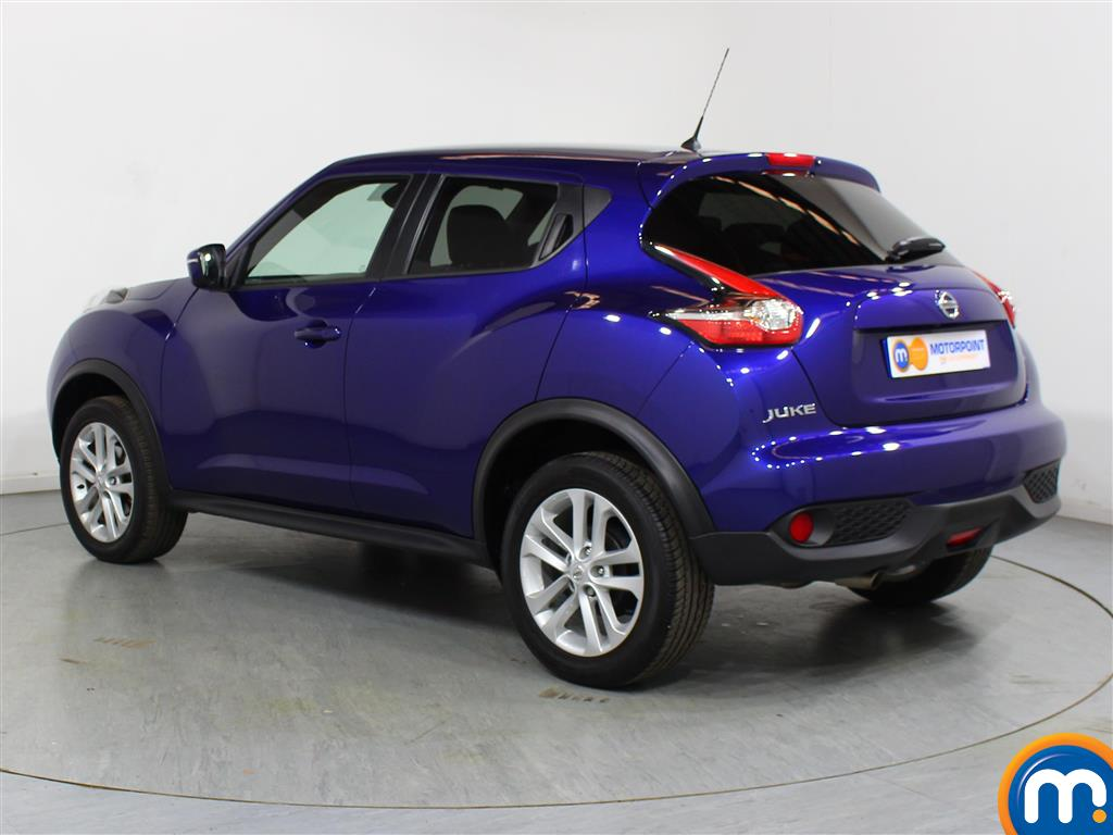 Nissan Juke N-Connecta Automatic Petrol Hatchback - Stock Number (1012672) - Passenger side rear corner