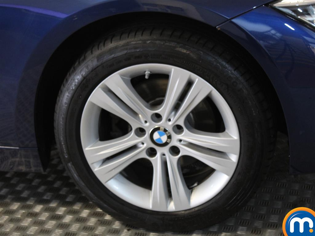 BMW 3 Series Sport Automatic Petrol Saloon - Stock Number (1018124) - Passenger side