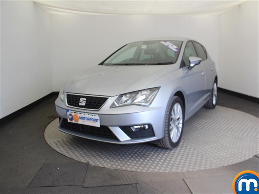 Seat Leon SE Dynamic Technology - Stock Number 1020500 Passenger side front corner