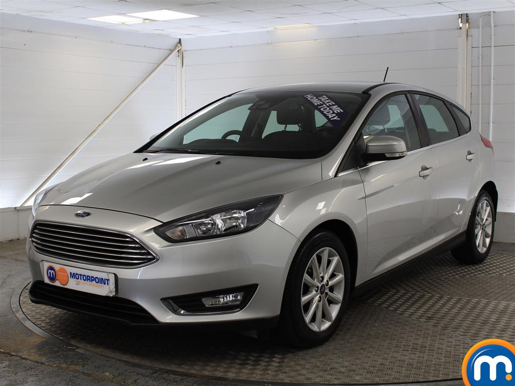 Ford Focus Titanium - Stock Number 1020569 Passenger side front corner
