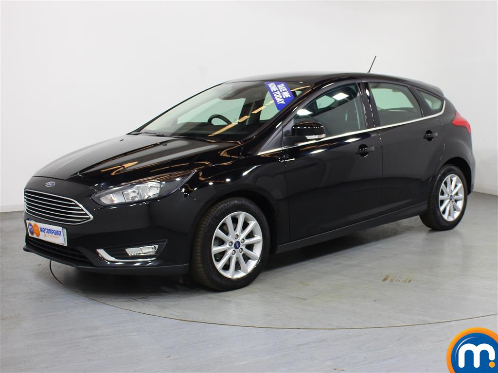 Ford Focus Titanium - Stock Number 1020592 Passenger side front corner