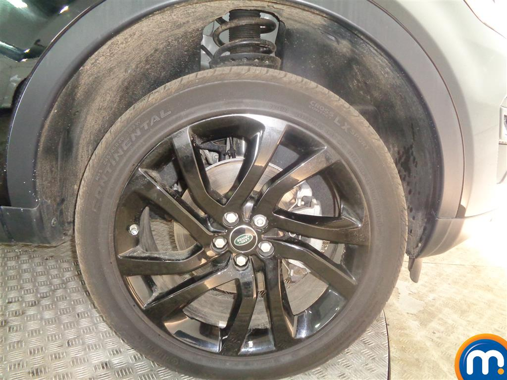 Land Rover Discovery Sport Hse Black Automatic Diesel 4X4 - Stock Number (1022235) - 1st supplementary image