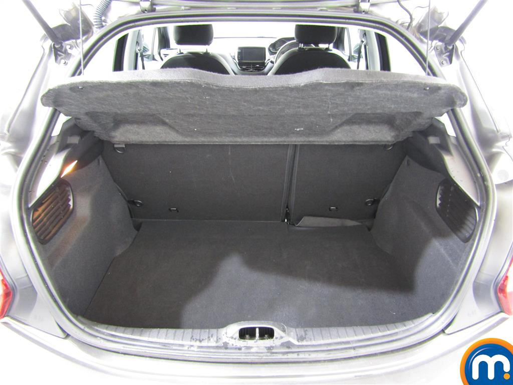 Peugeot 208 Gt Line Manual Diesel Hatchback - Stock Number (1011181) - 5th supplementary image