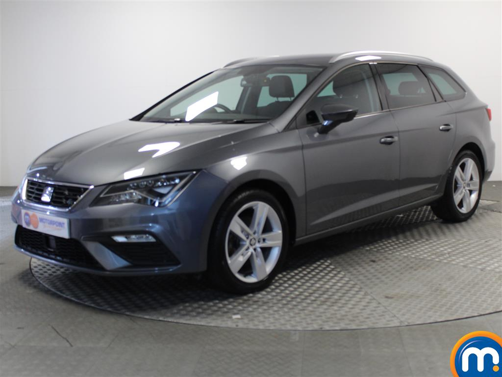 Seat Leon FR Technology - Stock Number (1022300) - Passenger side front corner