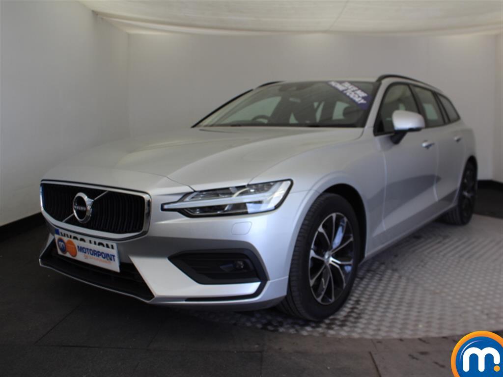 Volvo V60 Momentum Pro - Stock Number (1017610) - Passenger side front corner
