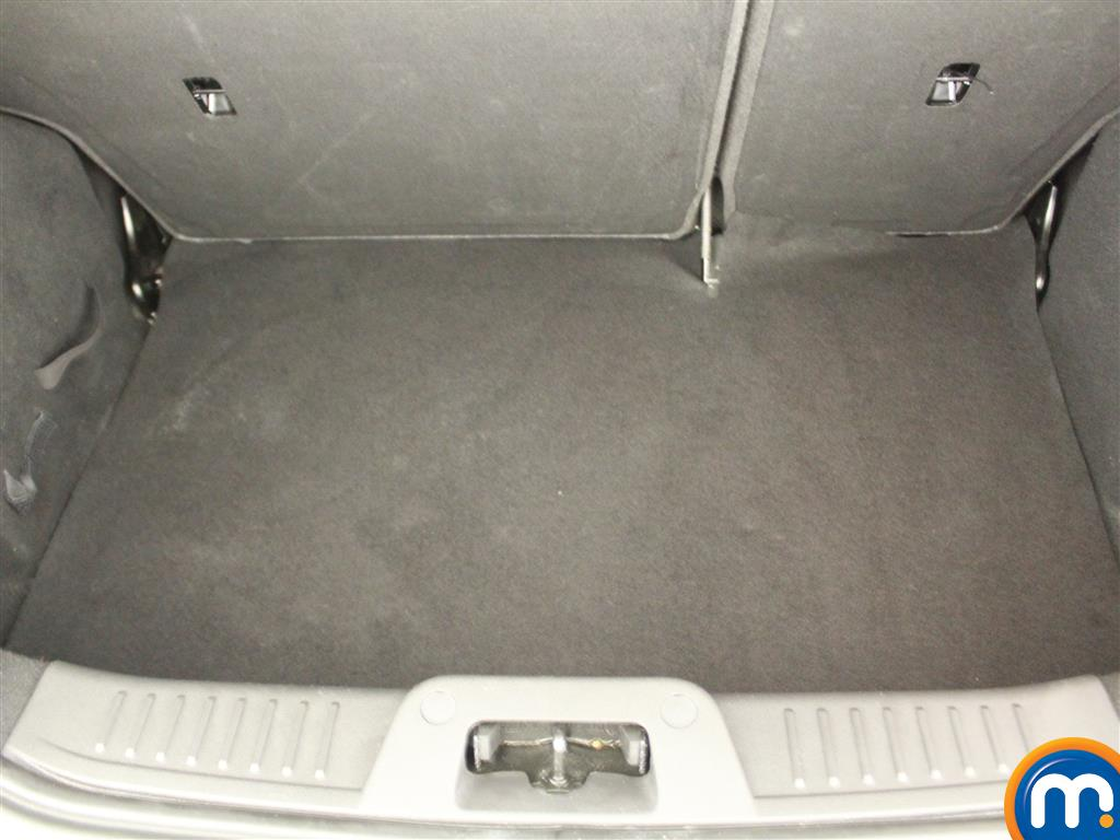 Ford Fiesta Zetec Manual Petrol Hatchback - Stock Number (1019280) - 4th supplementary image