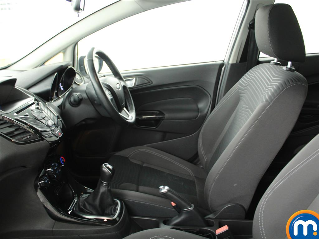 Ford Fiesta Zetec Manual Petrol Hatchback - Stock Number (1019280) - 5th supplementary image