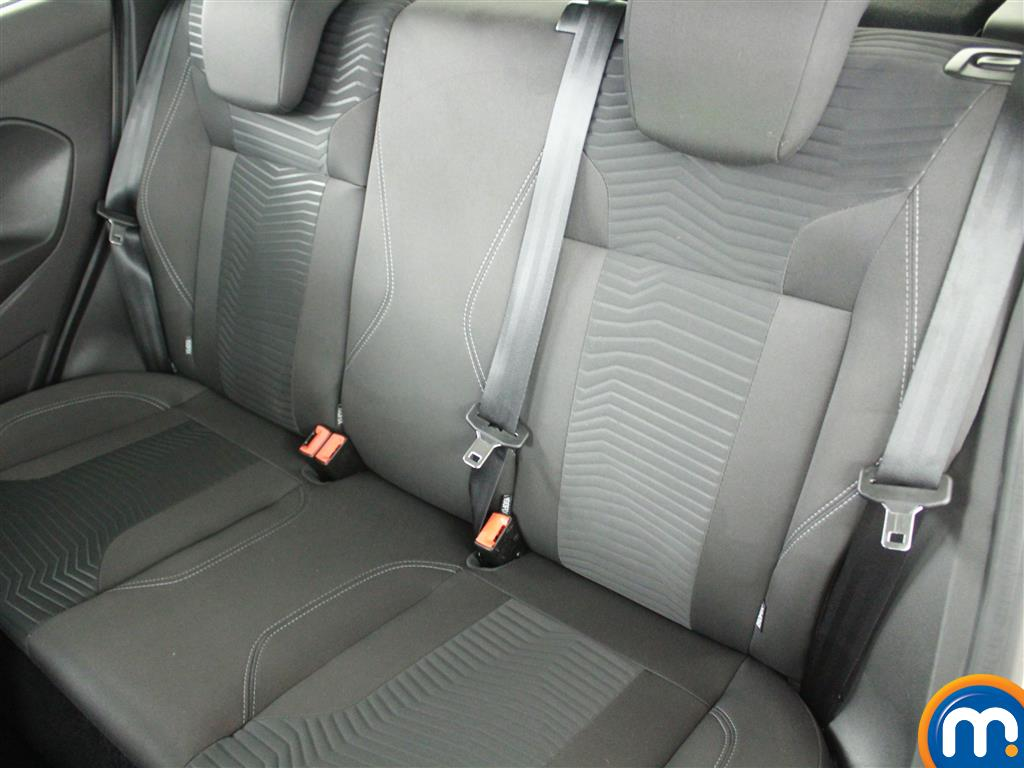 Ford Fiesta Zetec Manual Petrol Hatchback - Stock Number (1019280) - 6th supplementary image