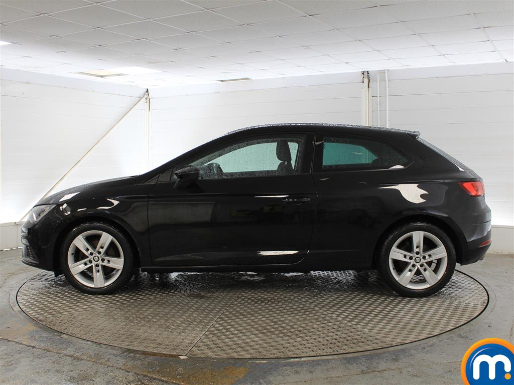 Seat Leon Fr Technology Manual Petrol Coupe - Stock Number (1024715) - Passenger side