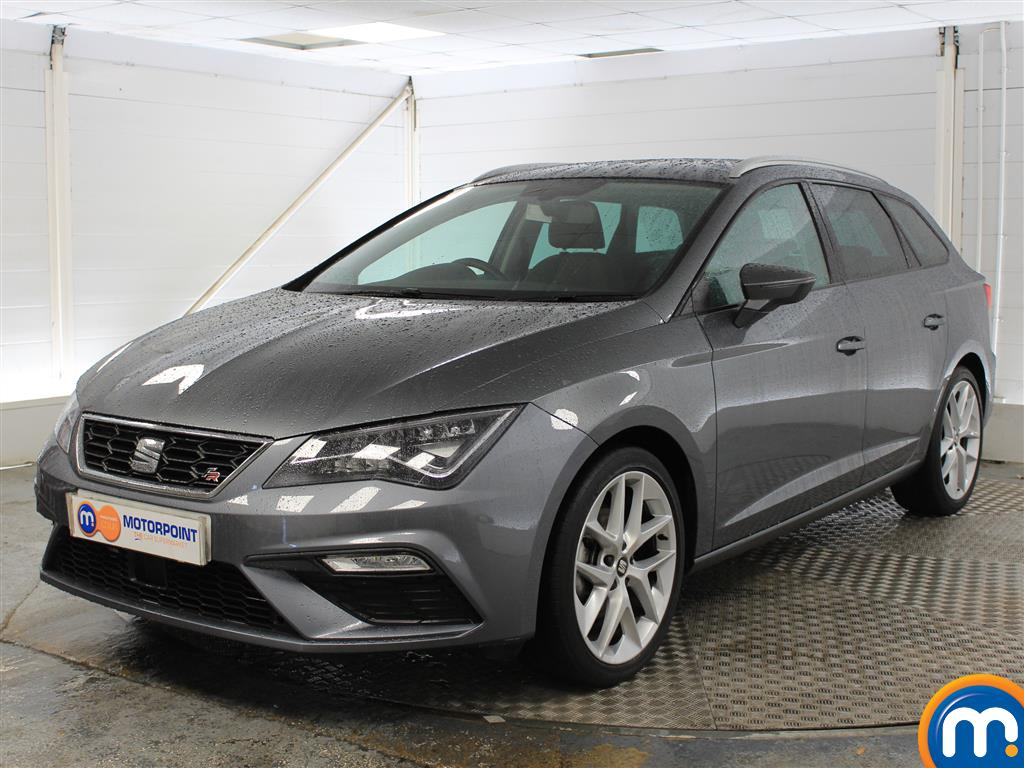Seat Leon FR Technology - Stock Number (1021369) - Passenger side front corner