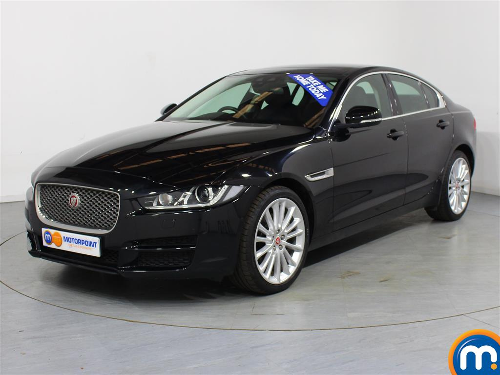 Jaguar XE Portfolio - Stock Number (1025106) - Passenger side front corner